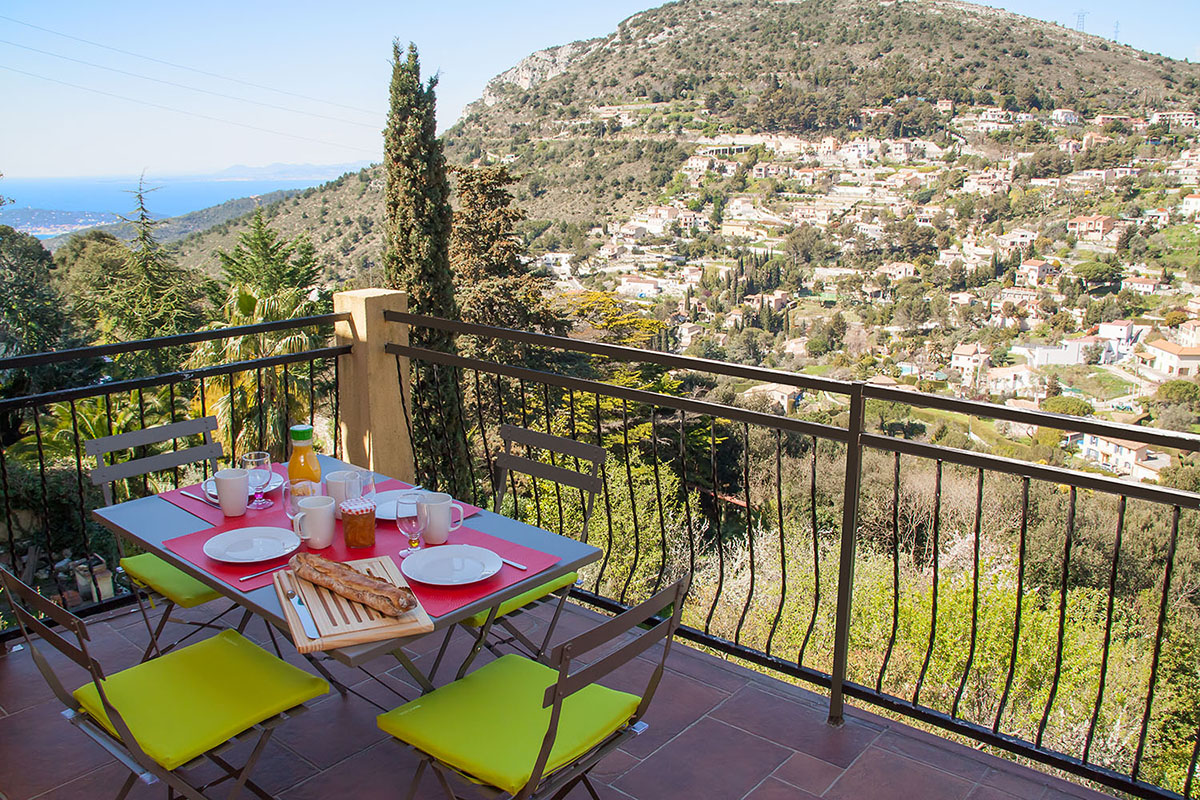Apartment On The Cote D 39 Azur Between Nice And Menton